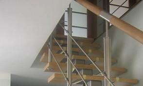 kāpnes 8